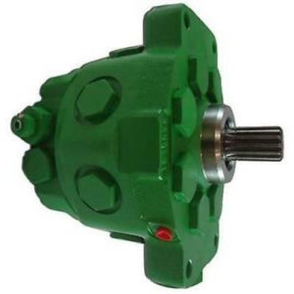 JOhn Deere AT339868 Reman Hydraulic Final Drive Motor #1 image